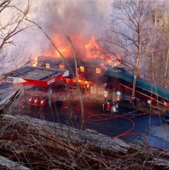Riverview Grocery fire