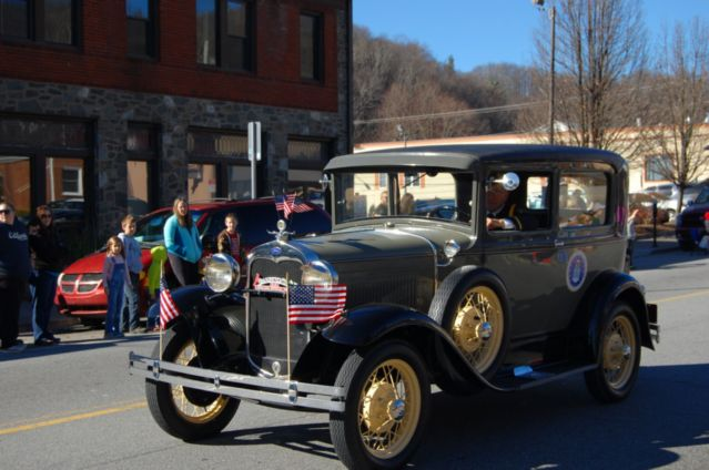 Sights & Sounds Of The 2015 Boone Christmas Parade