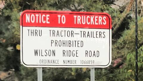 Wilsons Ridge Road sign